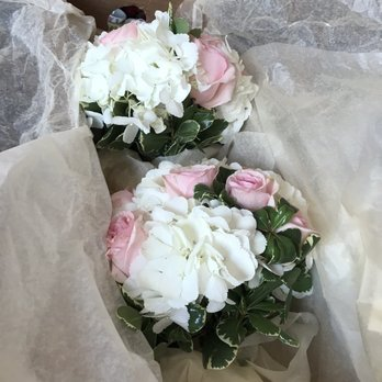 Ang dating daan 33 anniversary flower