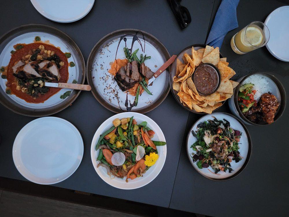 Saap Fusion Kitchen: 2520 Columbia House Blvd, Vancouver, WA