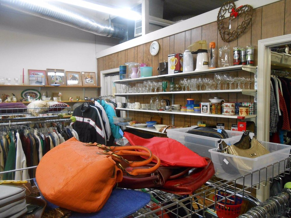 Nearly New Thrift: 604 E Yosemite Ave, Manteca, CA
