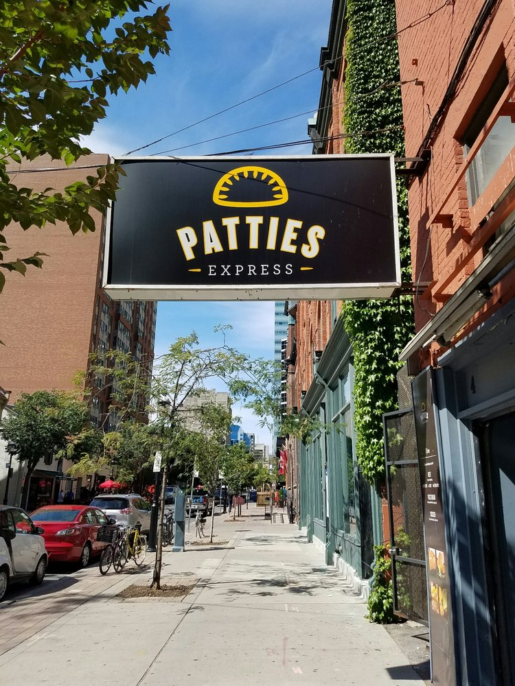 Restaurants On Elm Street Toronto