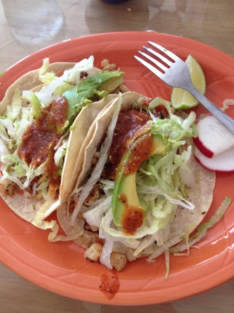 Dixon (CA) United States  city photos gallery : Photo of El Verduzco Dixon, CA, United States. Fish tacos!