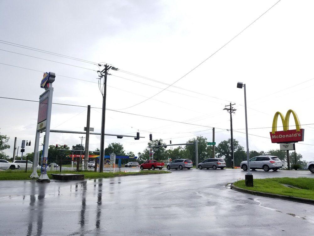 Sunoco Big Boss Stores: 2359 Freeport Hwy, DeFuniak Springs, FL
