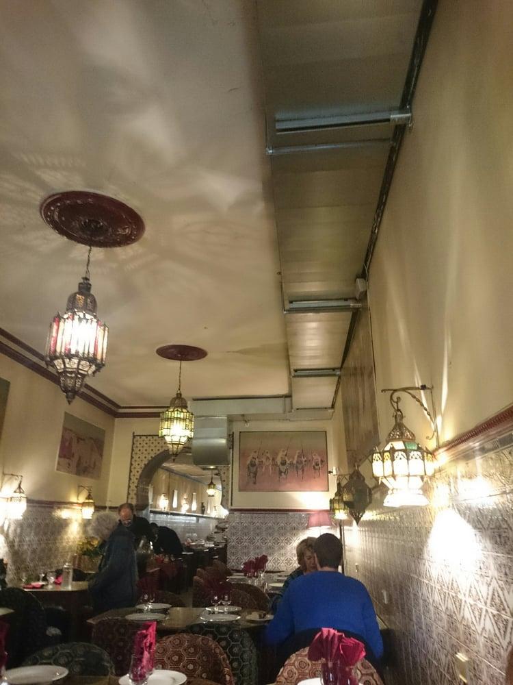 Agadir 22 reviews moroccan 14 rue du palais gallien for Agadir moroccan cuisine aventura fl