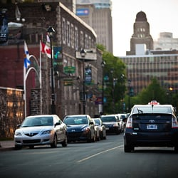 How should I choose a taxi in Halifax NS?