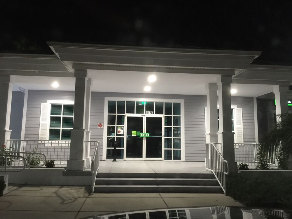 TD Bank: 6176 N US Hwy 41, Apollo Beach, FL