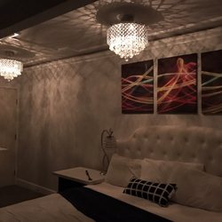 Hollywood VIP Hotel - 1770 Orchid Ave, Hollywood, Los