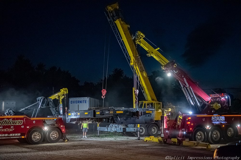 Towing business in Clintonia, IL