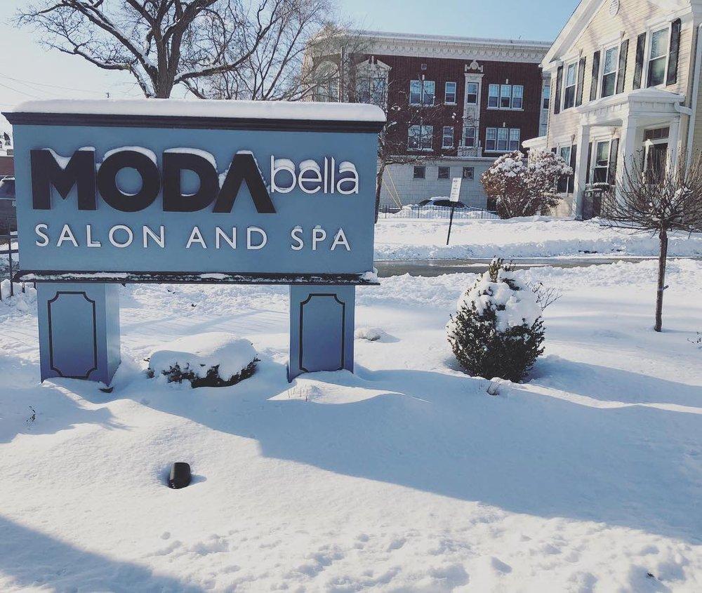 Moda Bella Salon and Spa: 914 60th St, Kenosha, WI