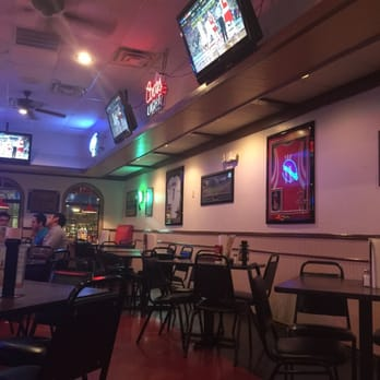 Photo Of Brewingz Sports Bar Grill