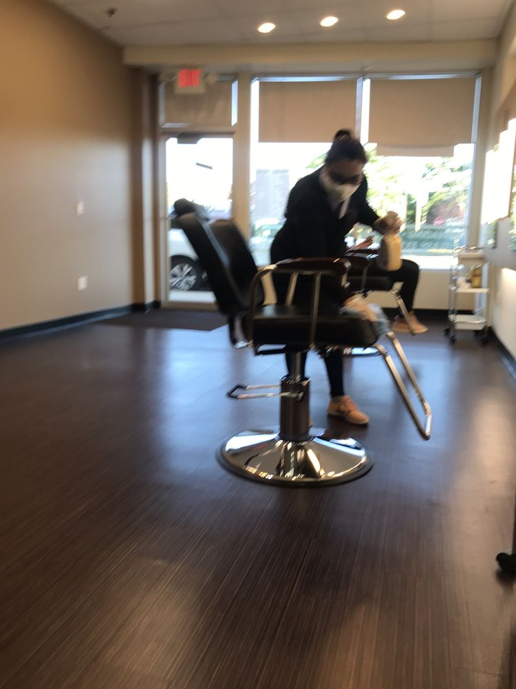 Aspire Threading Salon: 1274 W Broadway, Hewlett, NY