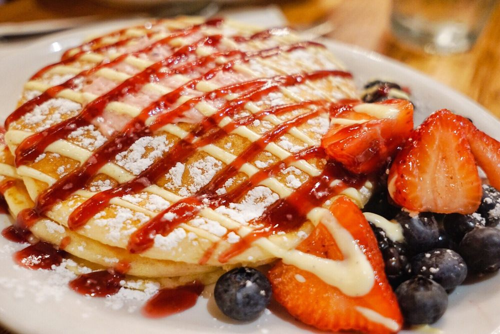 Wildberry Pancakes and Cafe: 130 E Randolph St, Chicago, IL