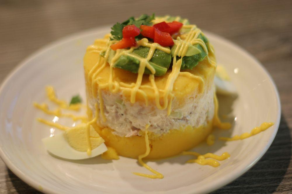 Higo Chicken Peruvian Cuisine