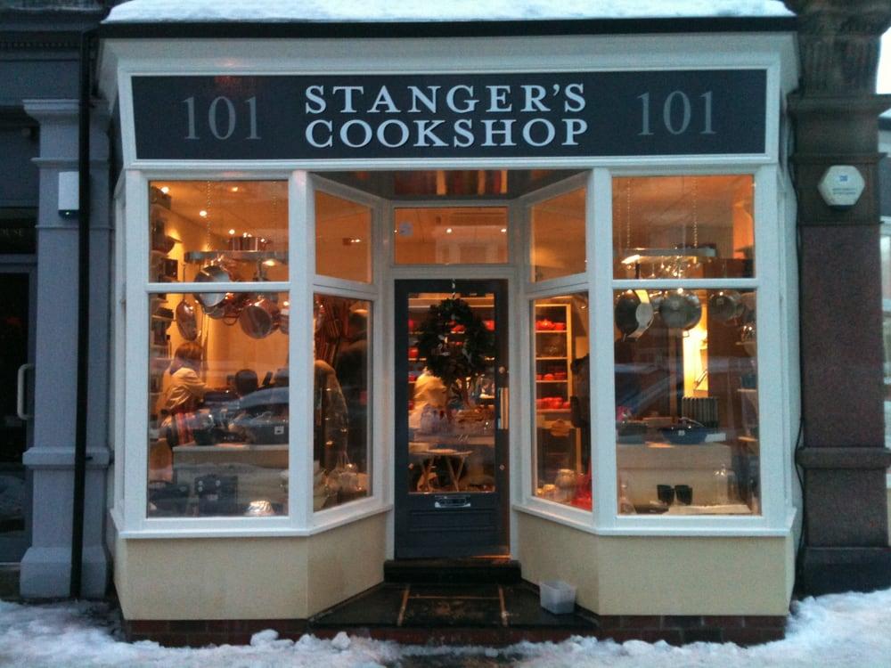 Stanger s cookshop kitchen bath 101 st georges for 191 st georges terrace