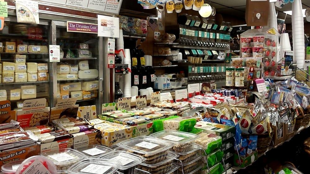 The Cheese Store of Cedarhurst: 532 Central Ave, Cedarhurst, NY