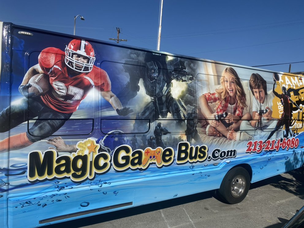 Magic Game Bus