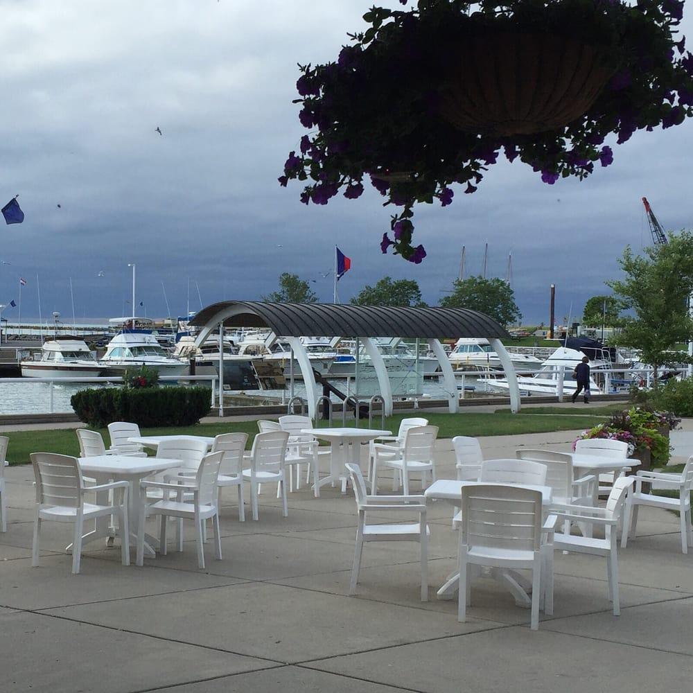 Dockside deli delis 218 e main st port washington wi for Port washington wi