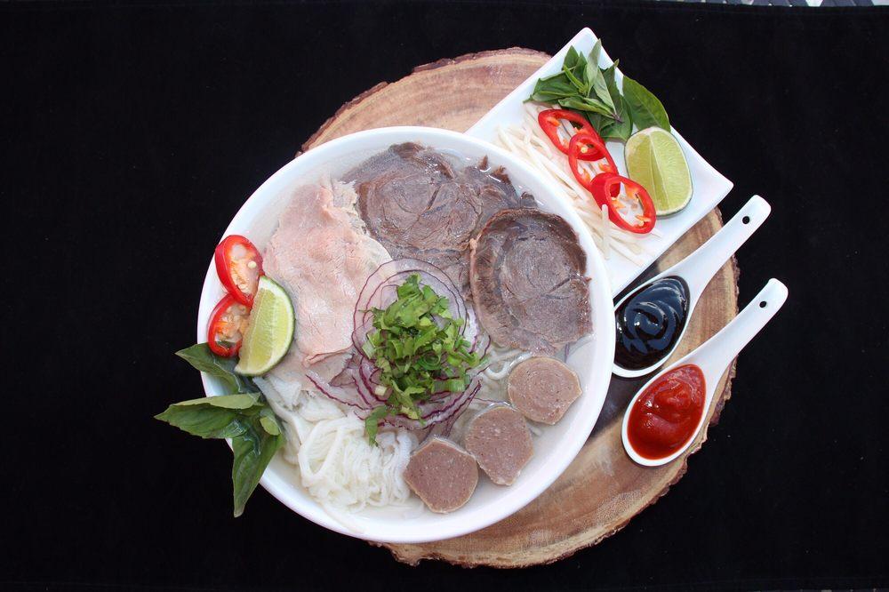 Pho Ngon Restaurant