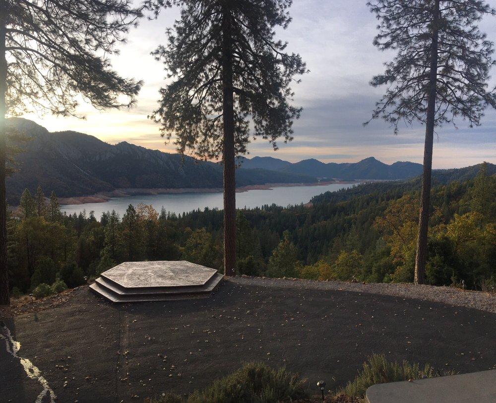 Shasta Lake Properties: 18217 Skyline Dr, Lakehead, CA