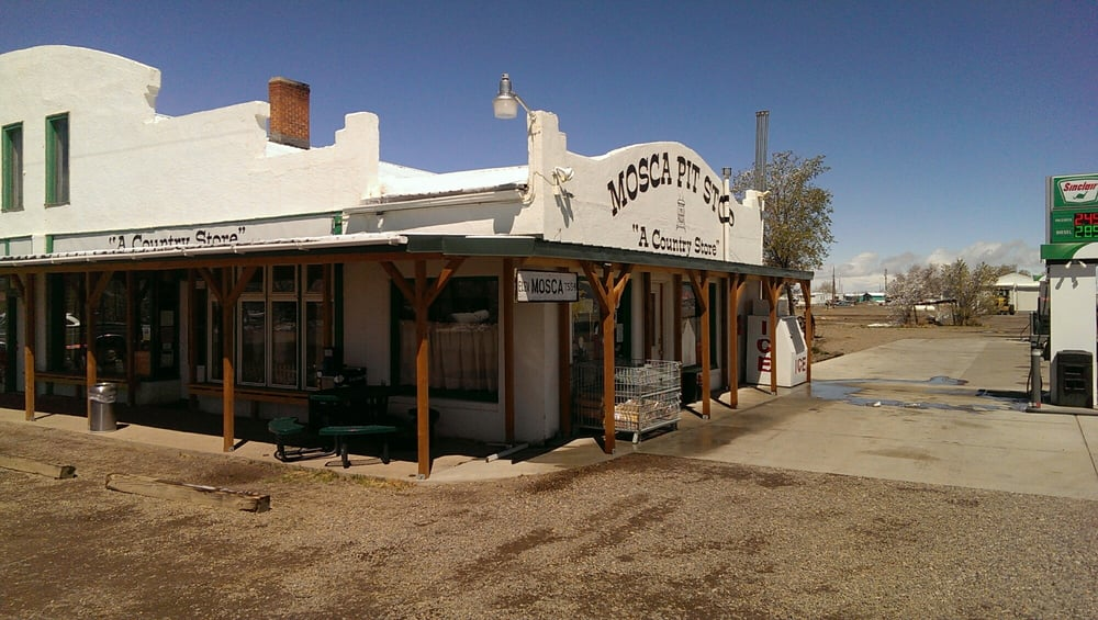 Mosca Pit-Stop: 5305 State Highway 17, Mosca, CO