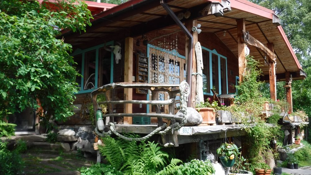 Brigitte's Bavarian Bed & Breakfast: 59800 Tern Ct, Homer, AK