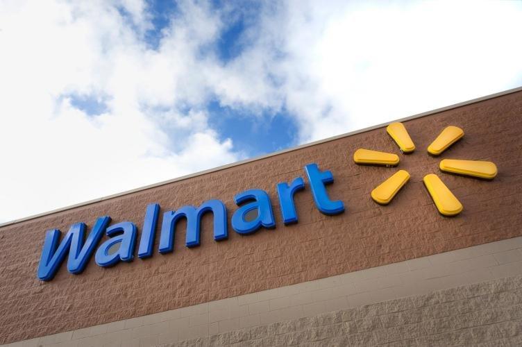 Walmart Supercenter: 912 11th St E, Bottineau, ND
