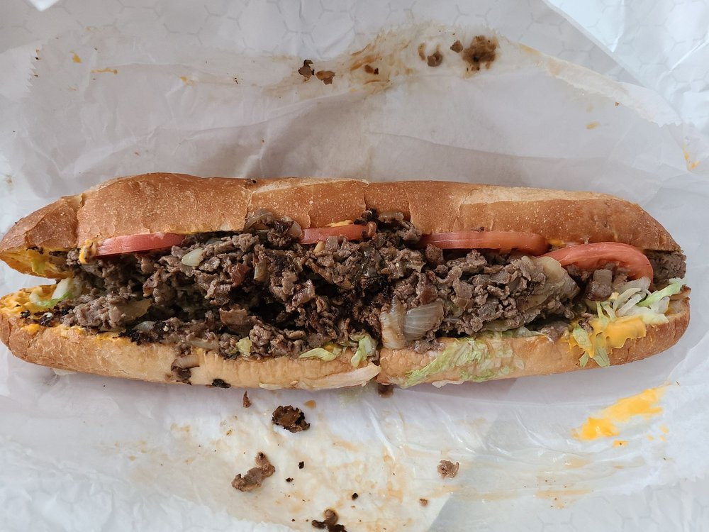 House of Cheesesteaks: 6421 Coventry Way, Clinton, MD