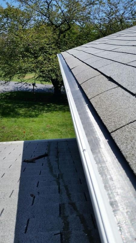 Upgraded 6 Quot Heavy Gauge Gutters And No Clog Gutter Guards
