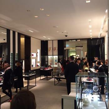 Chanel Berlin chanel modeboutique 16 photos leather goods kurfürstendamm 188