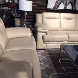 Living spaces 37 photos 82 reviews furniture store for Living spaces furniture reviews