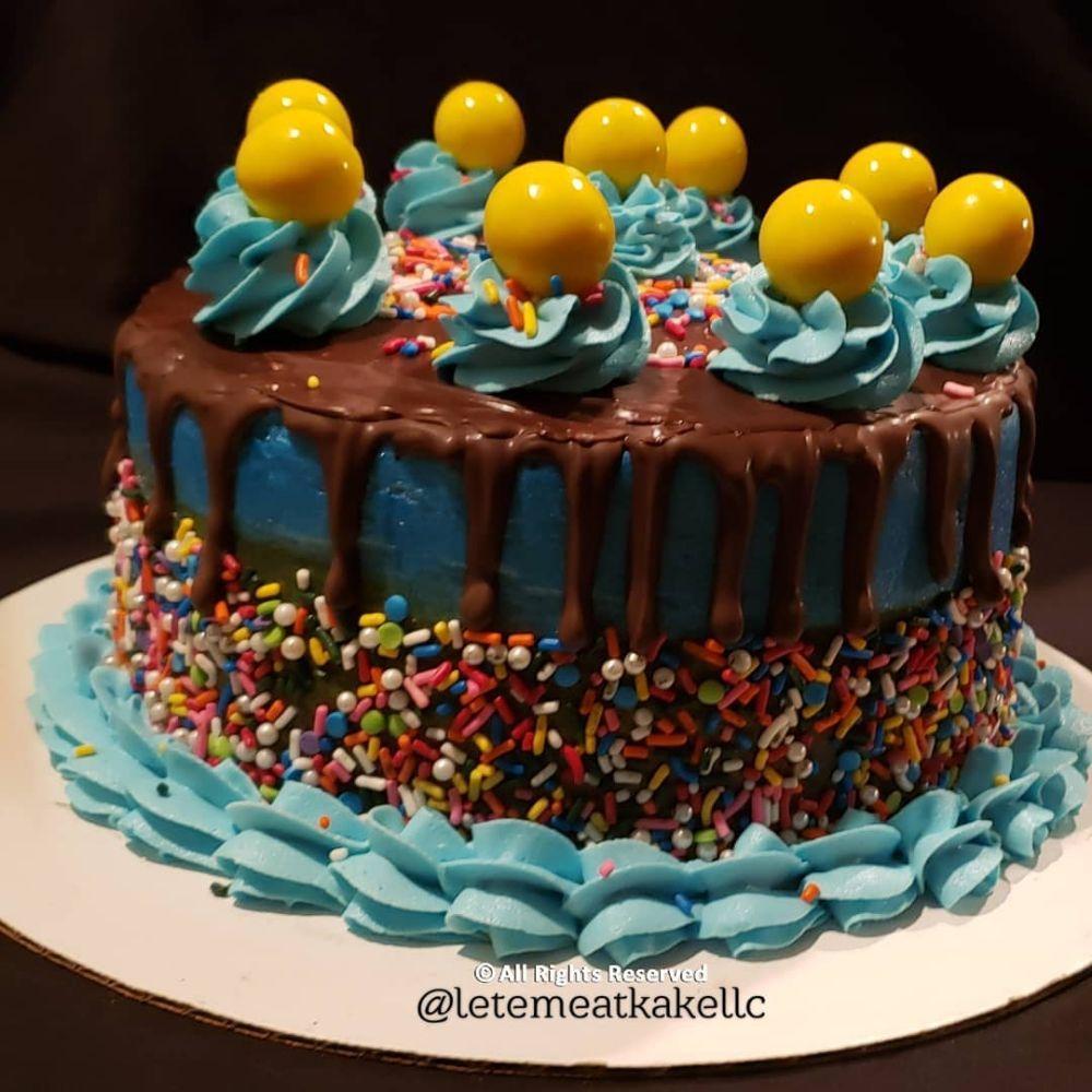 Let'em Eat Kake Bakery: 12415 Shearwater Dr, New Port Richey, FL