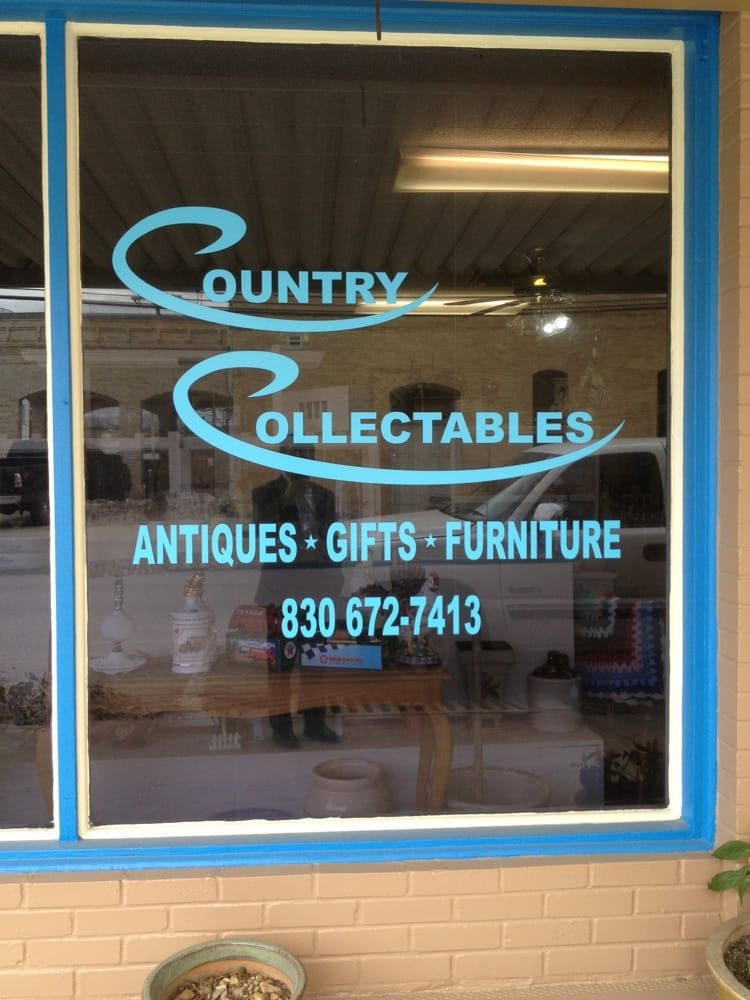 Country Collectables: 608 Saint Paul St, Gonzales, TX