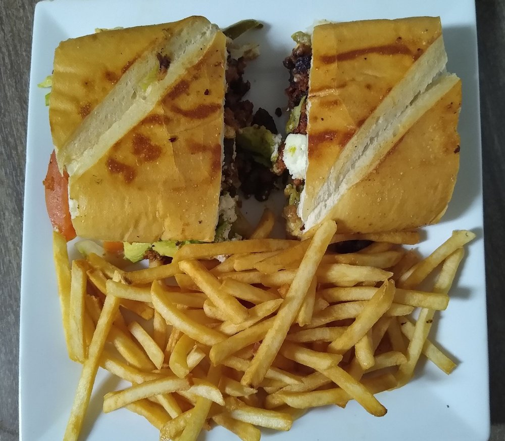 La Cabana Mexican Restaurant: 810 W 4th St, Redfield, SD