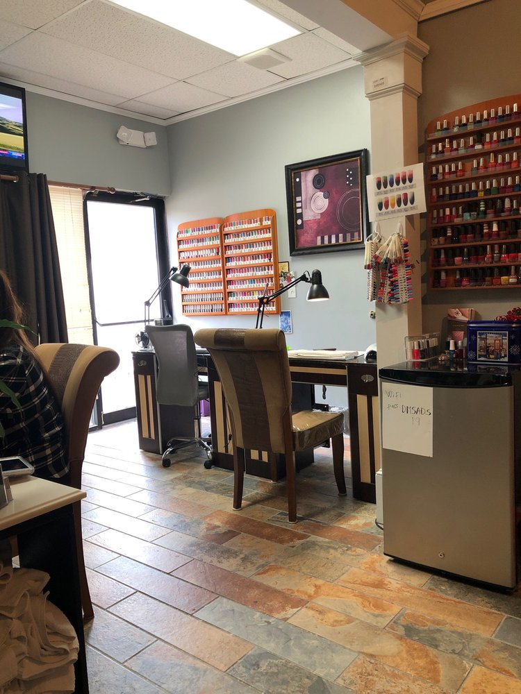 David Michael Salon and Day Spa: 504 Boyd Ave, Simpsonville, SC