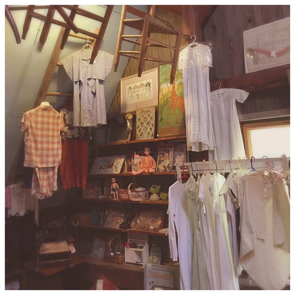 Walt's Barn Antiques: 2513 Nelson Rd, Traverse City, MI