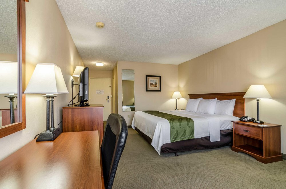 Quality Inn: 1210 US 62 / 65 N, Harrison, AR