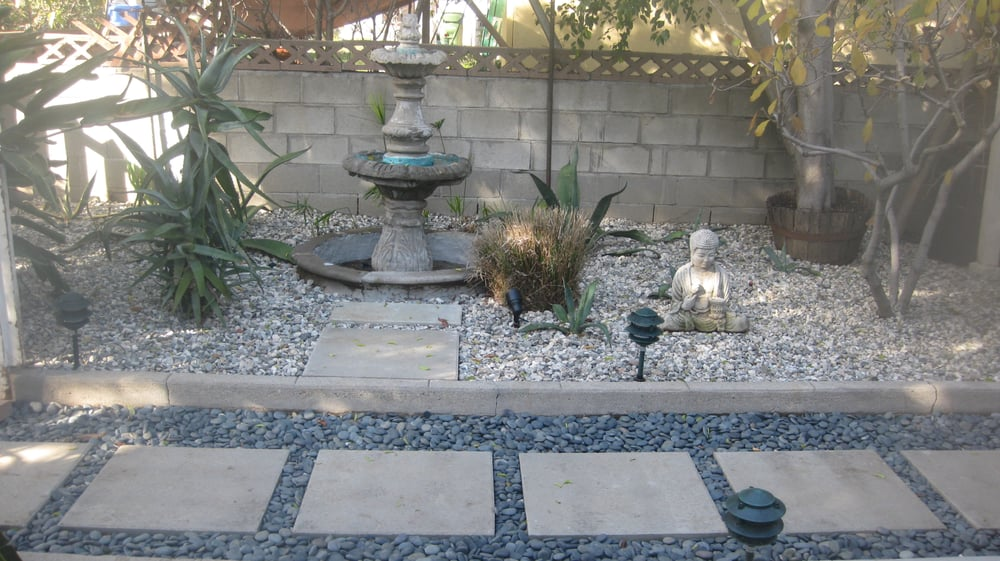Pavers pebbles and gravel installation yelp for Landscaping rocks in los angeles
