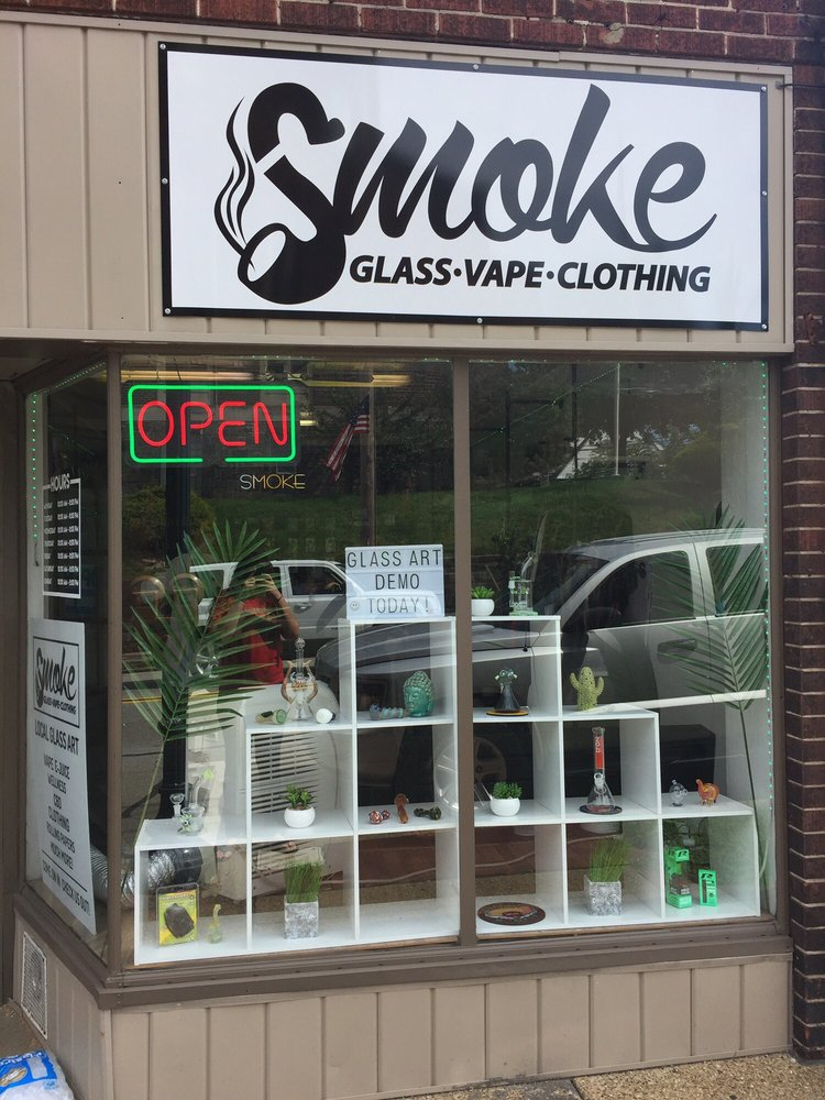 Smoke Glass and Vape: 2817 Brownsville Rd, Brentwood, PA