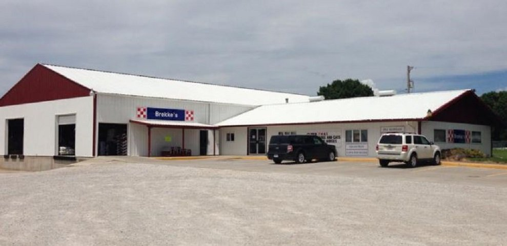Brekke's Town & Country Store: 23827 580th Ave, Ames, IA