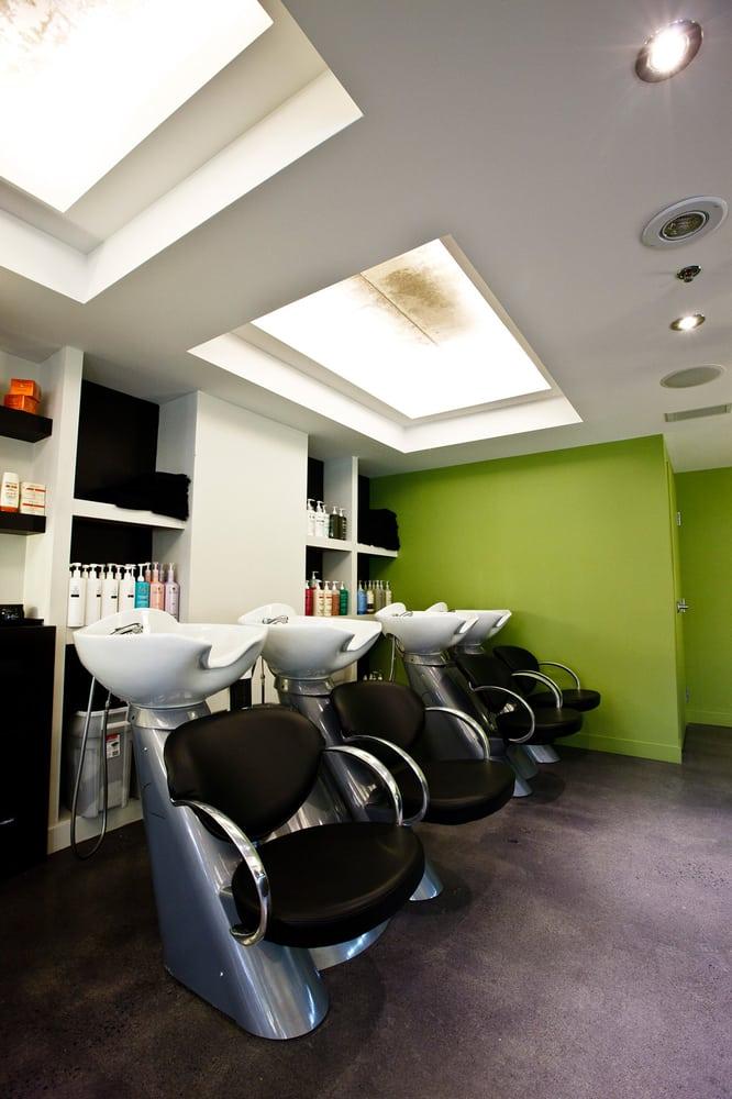 Pierino scarfo salon coiffeurs salons de coiffure for Salon tchat