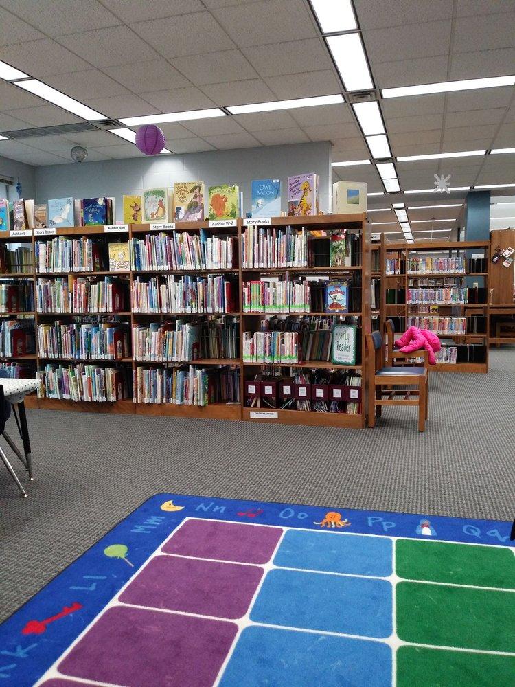 Fortville-Vernon Township Library: 625 E Broadway St, Fortville, IN