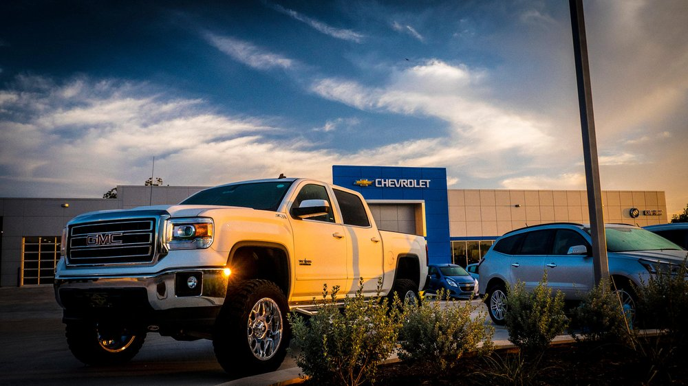 Bayer Motor: 1101 W Central Ave, Comanche, TX