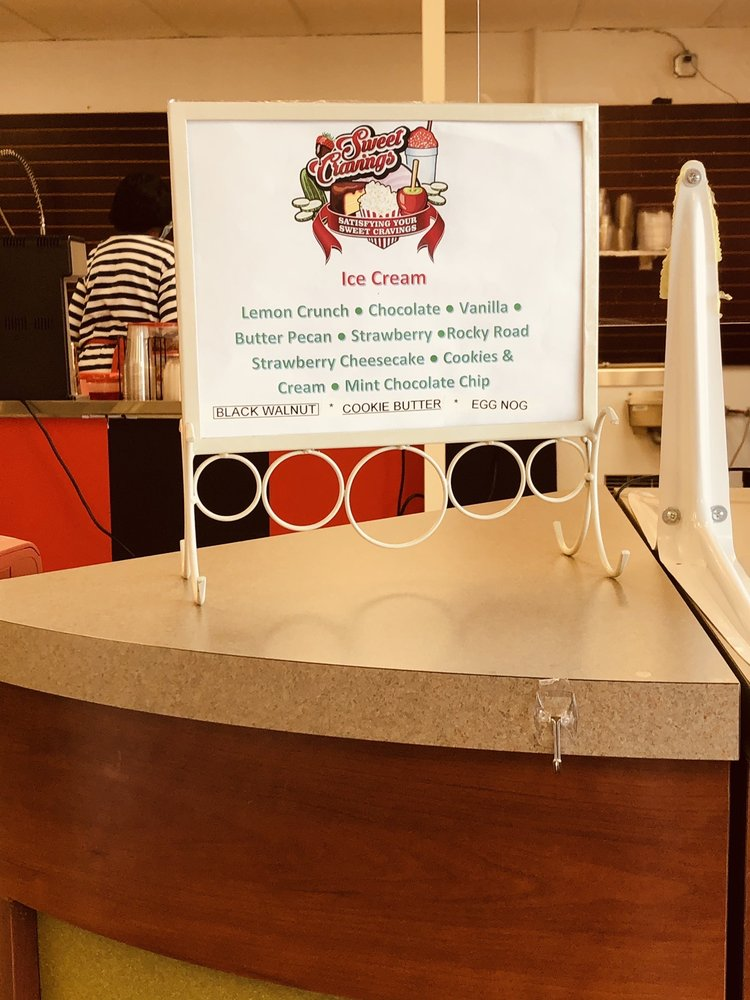 Sweet Cravings Ice Cream Shop: 706 Lincoln Hwy, Fairview Heights, IL