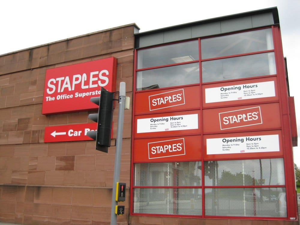 Staples - CLOSED - Cards & Stationery - 4-12 Shaw Street