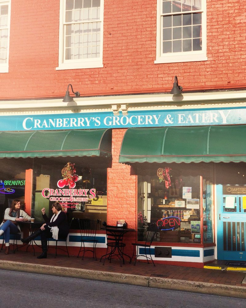 Food from Cranberry's Grocery & Eatery