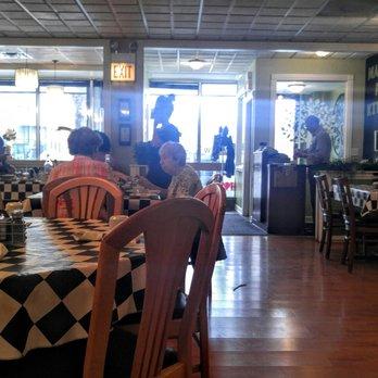 Madison Park Kitchen 185 Photos 186 Reviews Breakfast Brunch 7525 West Madison St