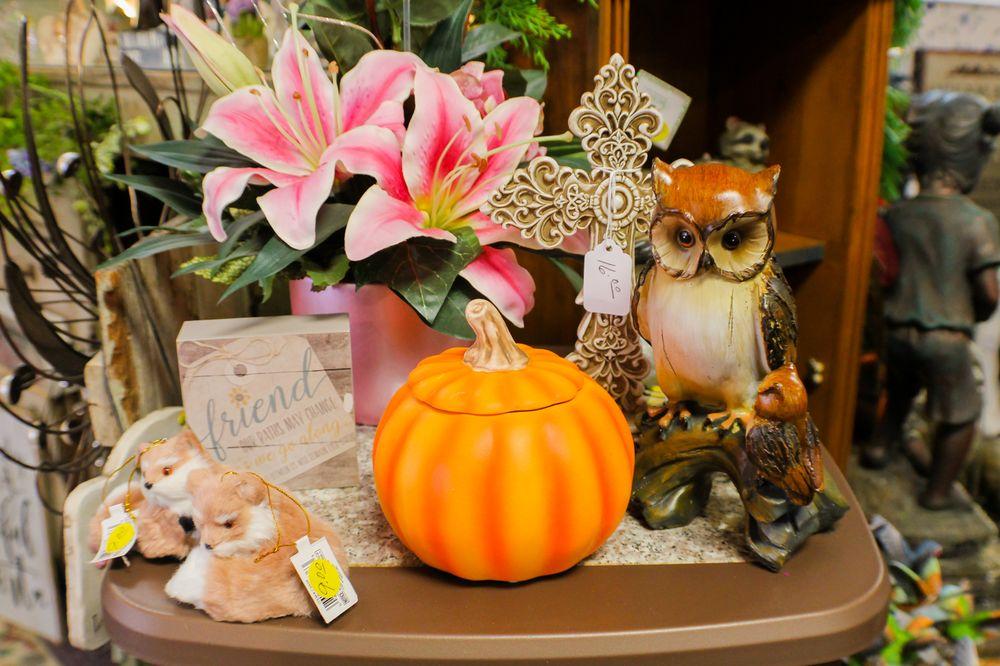 Photo of Flowers-N-Things: Garrison, ND
