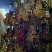 hollywood vintage collection guitar center guitar stores hollywood hills west los. Black Bedroom Furniture Sets. Home Design Ideas