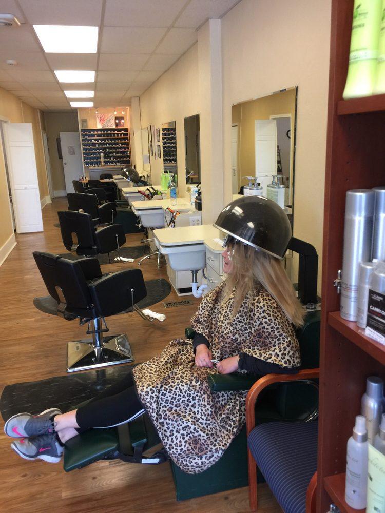 Village Hair Company: 2 S Vernon St, Sunbury, OH