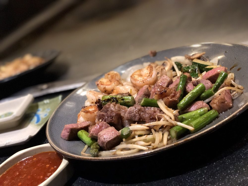 Fujiyama Steak House of Japan: 5149 Victory Dr, Indianapolis, IN