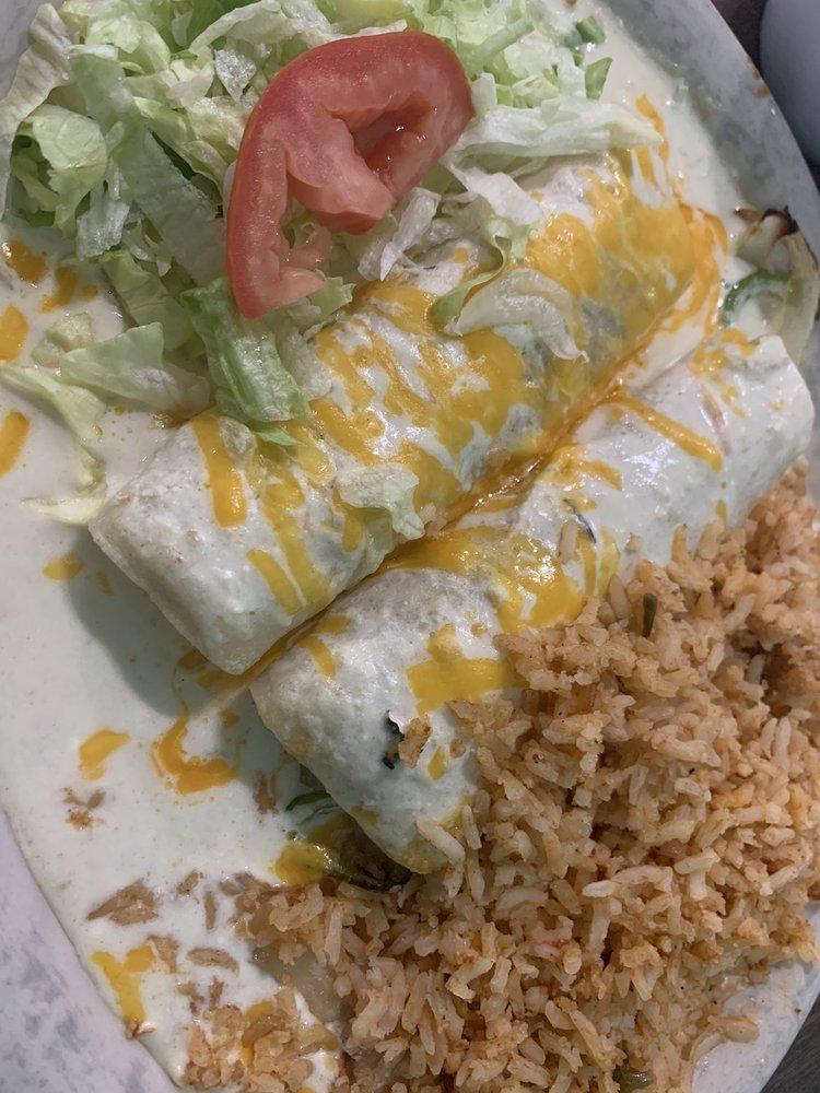 Carlito's Mexican Restaurant: 3105 Olton Rd, Plainview, TX